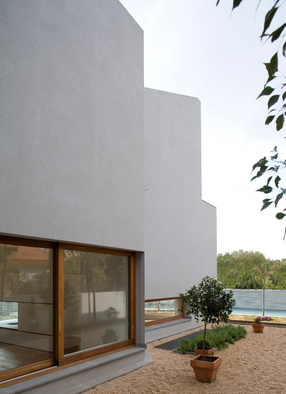 N/A house