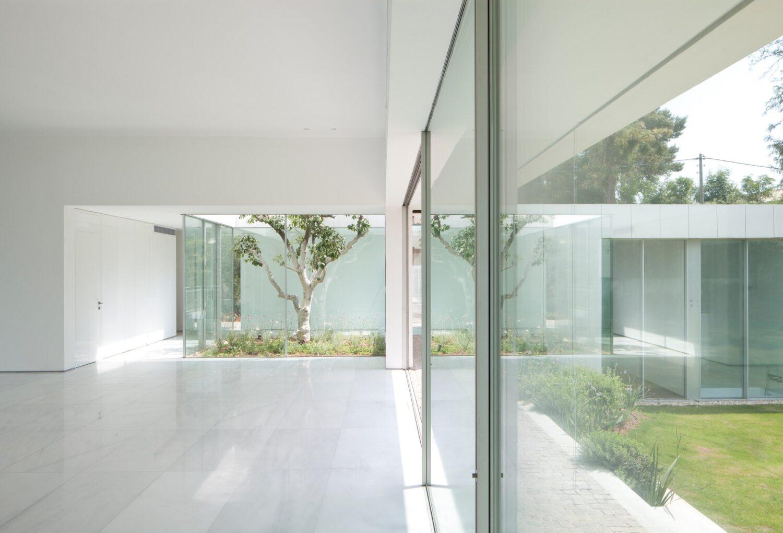 R/I house